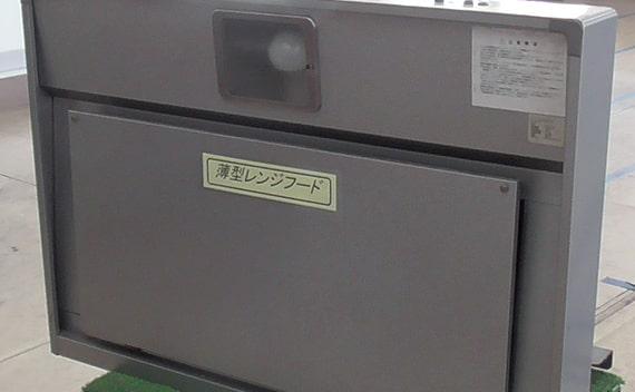 板金・溶接・ビス止め・ガラスの取付・配線・シール貼り・検査・梱包